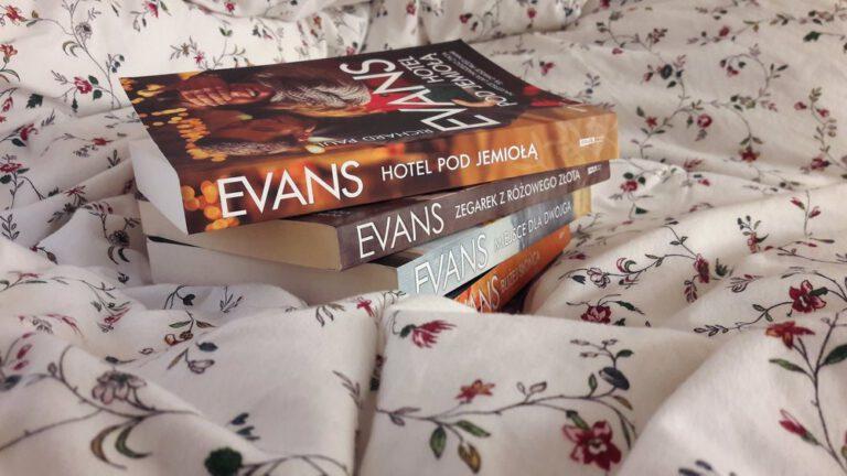 Hotel Pod Jemiołą - recenzja książki R.P. Evansa