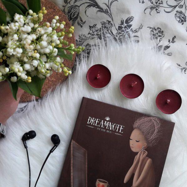 Mój sposób na poprawę nastroju - konwalie, słuchanie muzyki, pisanie i spanie