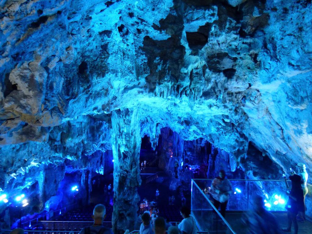 Jaskinia która jest salą koncertową - Gibraltar w zdjęciach