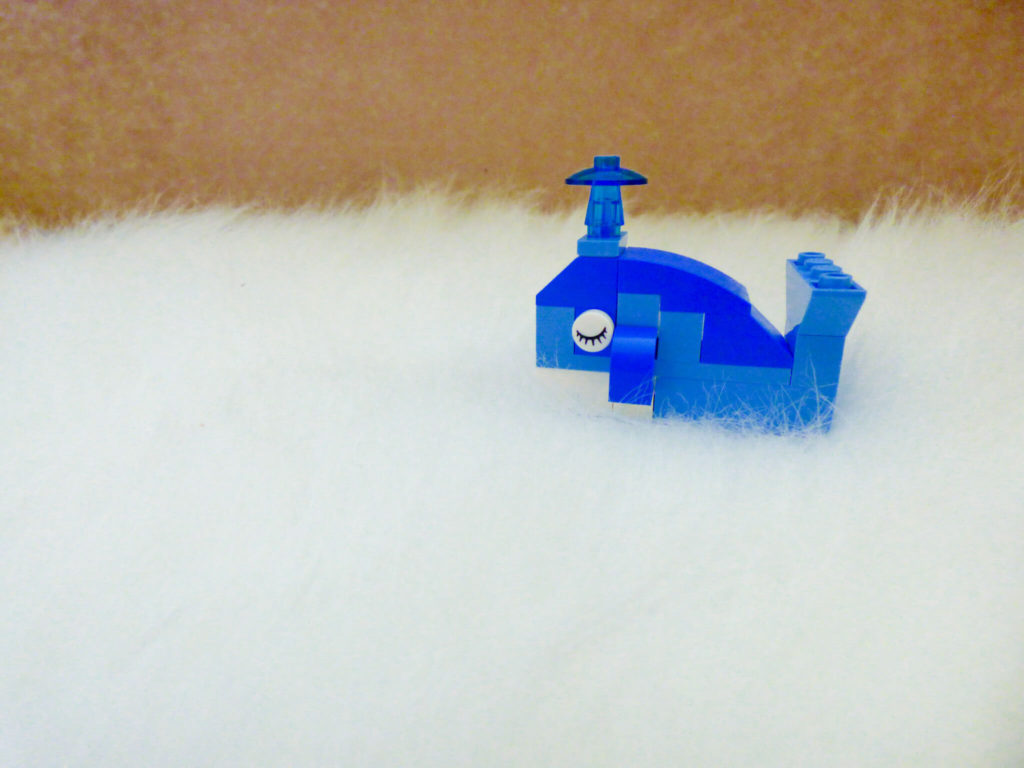 Wielorybek z klocków LEGO