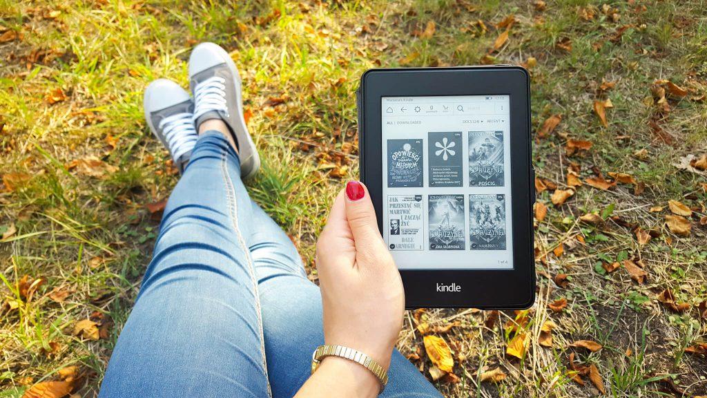 Kindle Paperwhite - czy warto - moja opinia - pierwsze chwile z czytnikiem ebooków